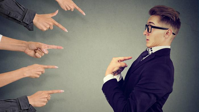 Admitir los errores no nos hace inferiores a los demás